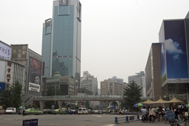 Tall modern buildings in downtown Chengdu (成都), China