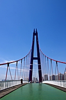 An iconic suspension bridge in Dalian (大连), China