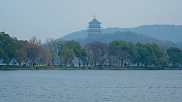 Leifeng Pagoda and Su Causeway at West Lake in Hangzhou, China
