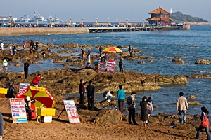 Zhan Bridge and a nearby beach in Qingdao (青岛), China