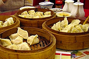 laobian-style dumplings in a restaurant in Shenyang (沈阳), China