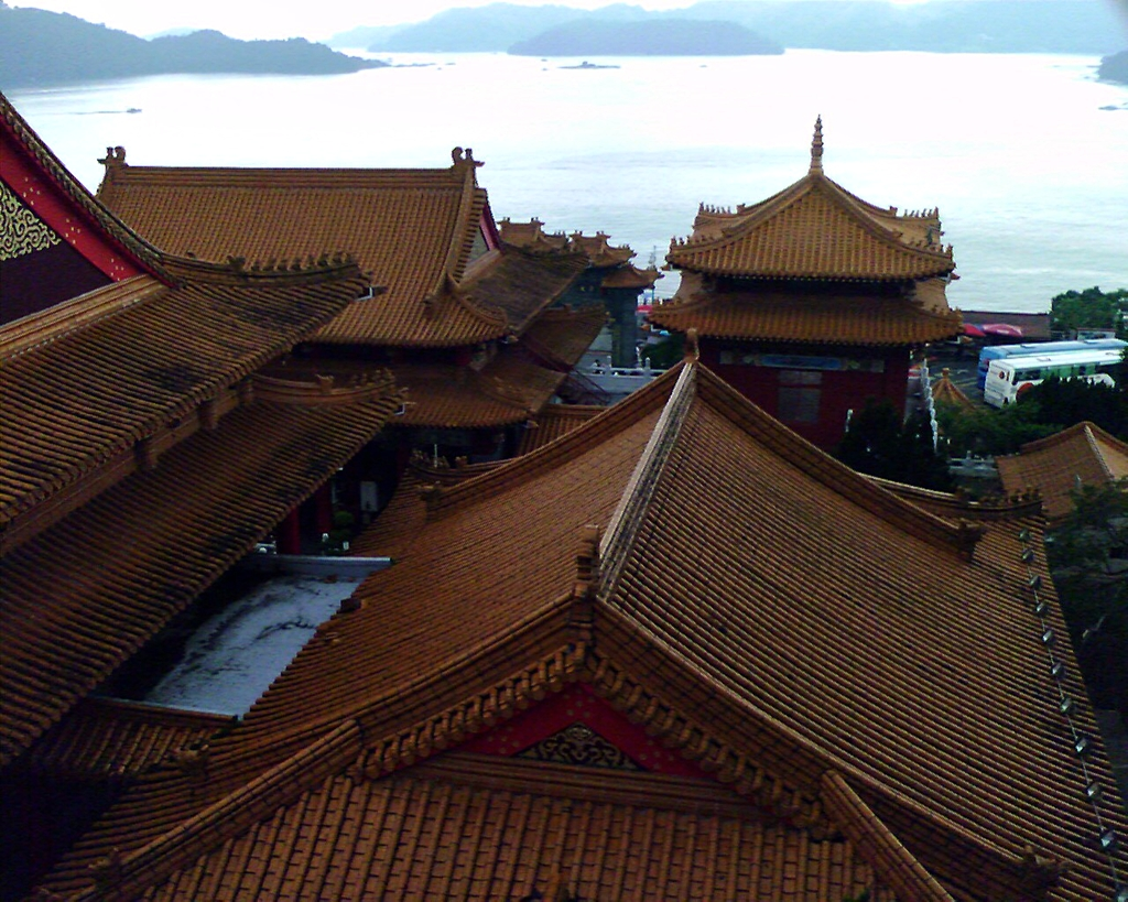 The rooftops of Wenwu Temple