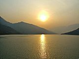 Three Gorges - Qutang Gorge - sunrise - Robin Poll - 160 x 120