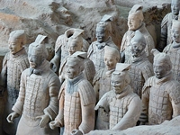 Xi'an - terracotta soldiers - closeup - CIT - 200 x 150